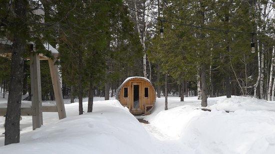 Les Eboulements, Kanada: Sauna. Un momentos agradable en medio de la nieve