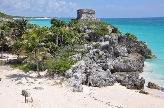 Private Tour to Tulum with an...