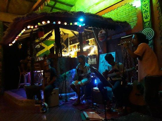 Bukit Lawang, Indonesia: Ricky's Bar (RNB)
