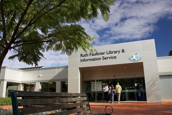 Ruth Faulkner Public Library