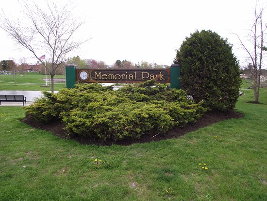 ME - SCARBOROUGH – MEMORIAL PARK – SIGN AT ENTRANCE