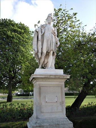 """La statue """"Périclès"""""""