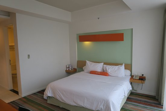 HARRIS Suites FX Sudirman: 45F