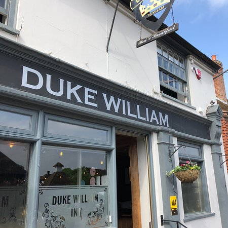The Duke William Bar