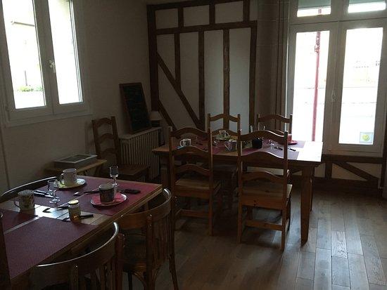Dozule, France: Pour le petit déjeuner
