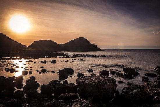 Causeway Coast & Glens, UK: Giant's Causeway - The ancient caldera