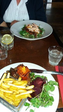 Nottinghamshire, UK: Steak Frites and superfood salad with fried chicken