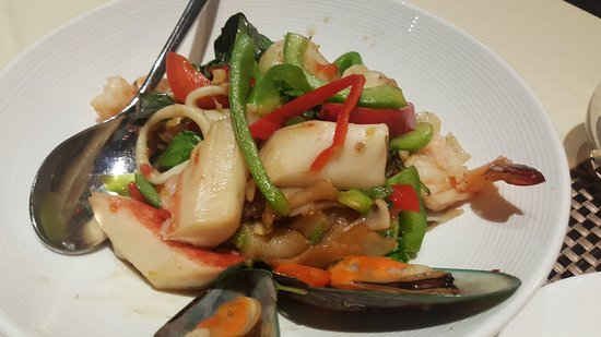 Lotus of Siam: seafood drunken noodle
