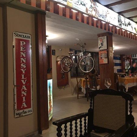 Varadero 60: Très bon risotto !! Déco et musique dès année 50
