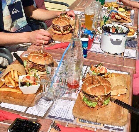 Quai Ouest : Maxi Burgers 🍔 !!!