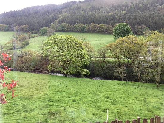 Dinas Mawddwy, UK: View from the breakfast room