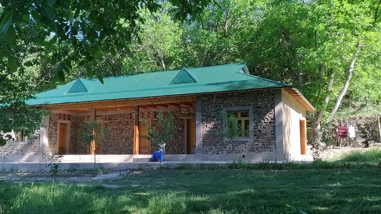 Yahshigul Guesthouse: new block with western style beds