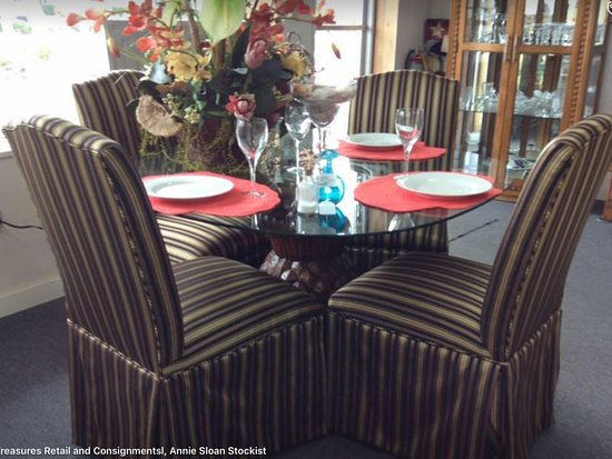 Punta Gorda, FL: Beautiful dining set