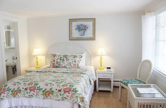 Red Horse Inn - Falmouth: Cottage Queen Room