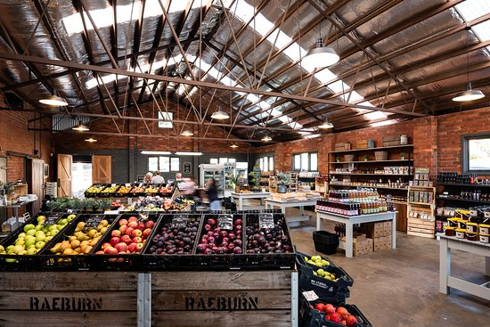 Raeburn Orchards