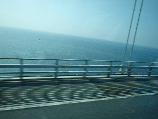 Hyogo Prefecture, Japan: 橋上からの瀬戸内海