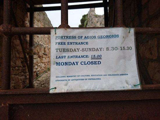 Peratata, Greece: St George's Castle