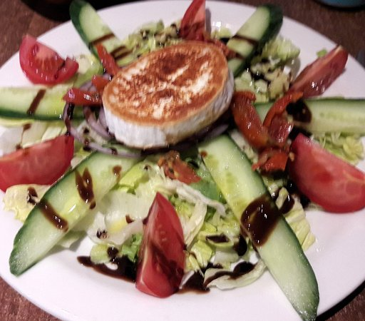 Hungry Pumpkin: Goats Cheese Salad