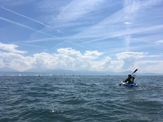Kayaking on the lake with Passion Nautique rentals
