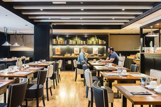 EuroPark Hotel: Breakfast Room