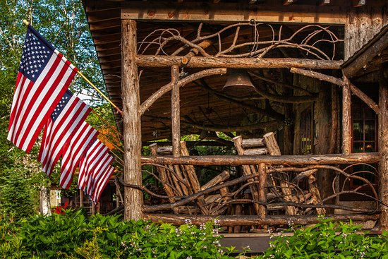 Keene, NY: Front Porch of Main Lodge