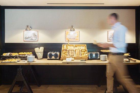 EuroPark Hotel: Bakery Buffet