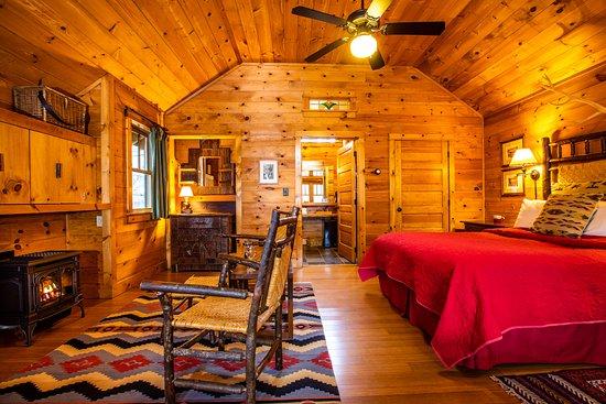 Keene, NY: Halcyon Cottage