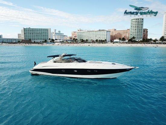 Luxury Yachting Cancun