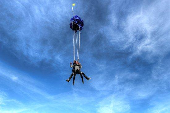 Demenciel Parachutisme