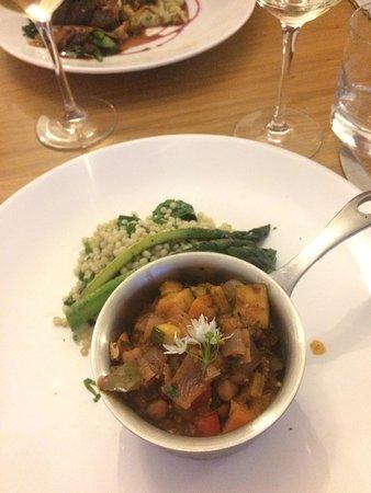 Oliver's: Vegan Tempeh Bean Stew