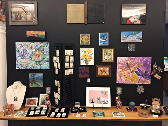 Tuscola, IL: Affordable locally made artwork for $25 or less