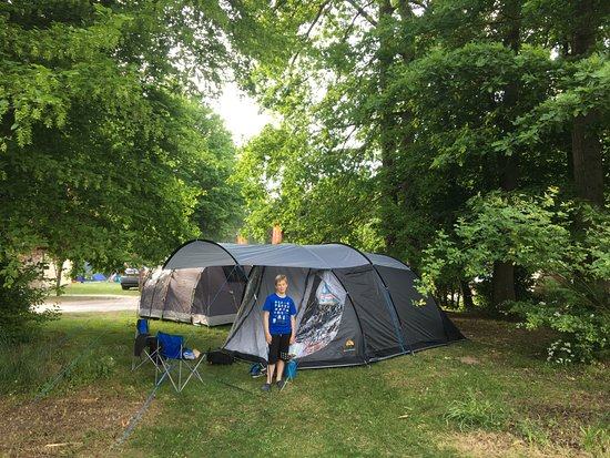 Grez-sur-Loing, France: our tent on the campsite