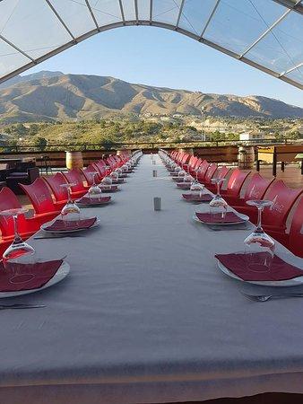 Karting Finestrat: Gran espacio para comidas de empresa y celebraciones