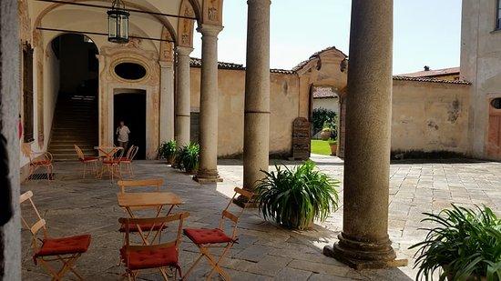 Casalzuigno, Italy: Cortile interno