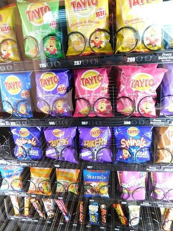 Cairnryan, UK: Vending machine in the Cairnryal terminal building