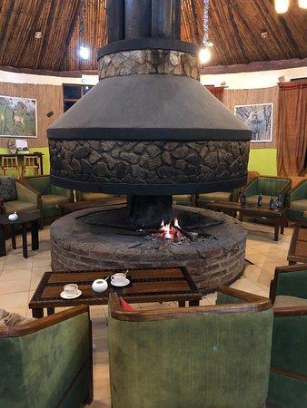 Debark, Αιθιοπία: Fireplace in the lounge area