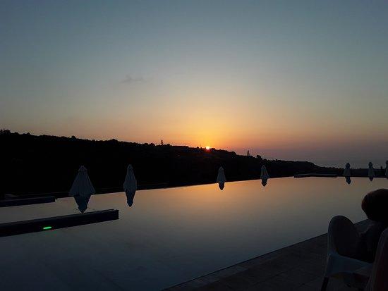 Rimondi Grand Resort & Spa: Beautiful Sunset whilst having dinnrr