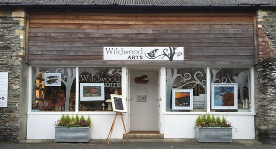 Horrabridge, UK: The front of our little gallery