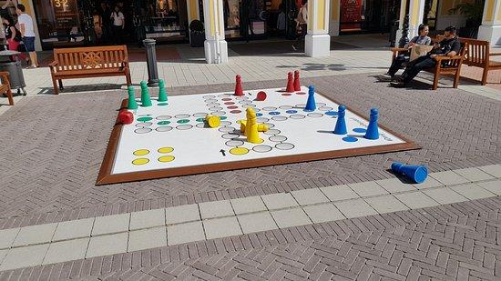 Parndorf, النمسا: Play area