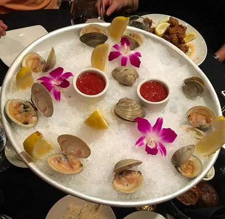 American Hotel: Clams