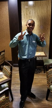 DoubleTree DFW Airport North: Kevin - Awesome Server in the Dining Room