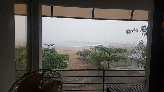 Munambam Beach, Ινδία: 20180512_175348_large.jpg