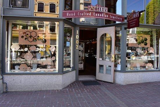 Artina's Jewellery