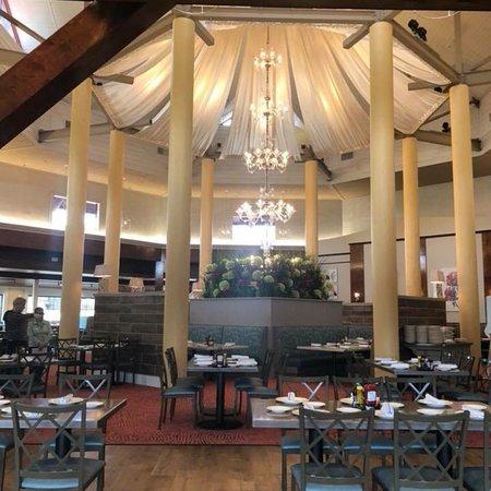 Paula Deen S Family Kitchen San Antonio Restaurant