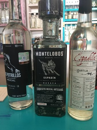 Τόδος Σάντος, Μεξικό: Mezcals we purchased at Mexico Gourmet