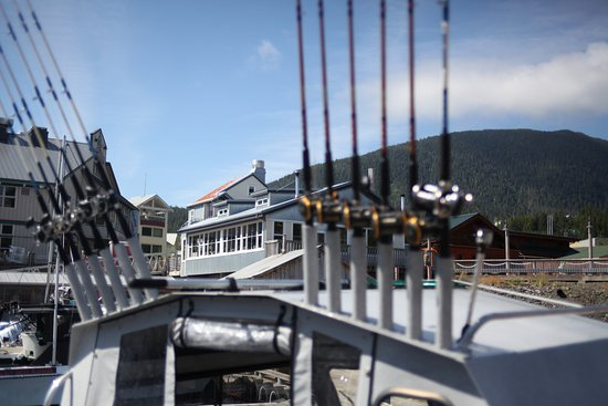 Baranof Fishing Excursions: Tackle and a Fish House!