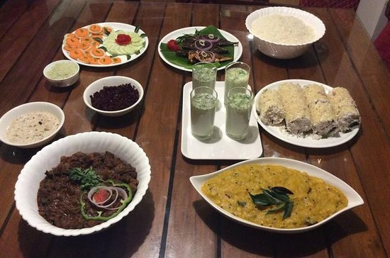 Cook and Dine in Ernakulum, Cochin with a local family