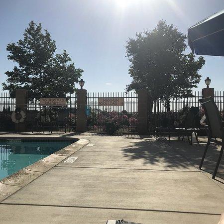 Kingsburg, CA: photo2.jpg