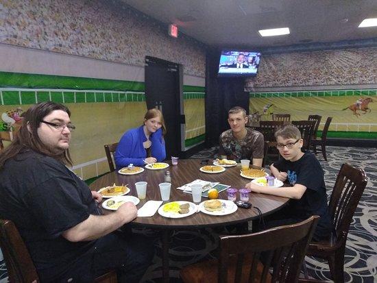 Montpelier, OH: Breakfast