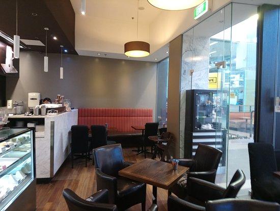 Mount Wellington, New Zealand: Seating Area